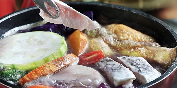 腰果花砧板原食料理